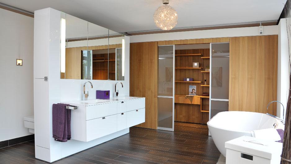 bad planen badausstellung in husum flensburg schleswig. Black Bedroom Furniture Sets. Home Design Ideas